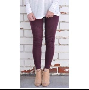 Pants - Burgundy leggings New with ankle zipper